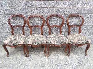 quattro sedie antiche in noce